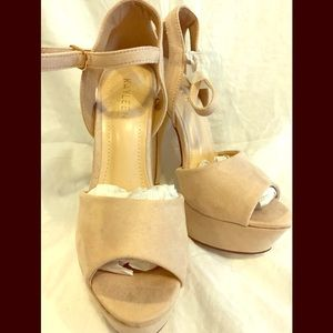 Nude Colored Heels Size 7